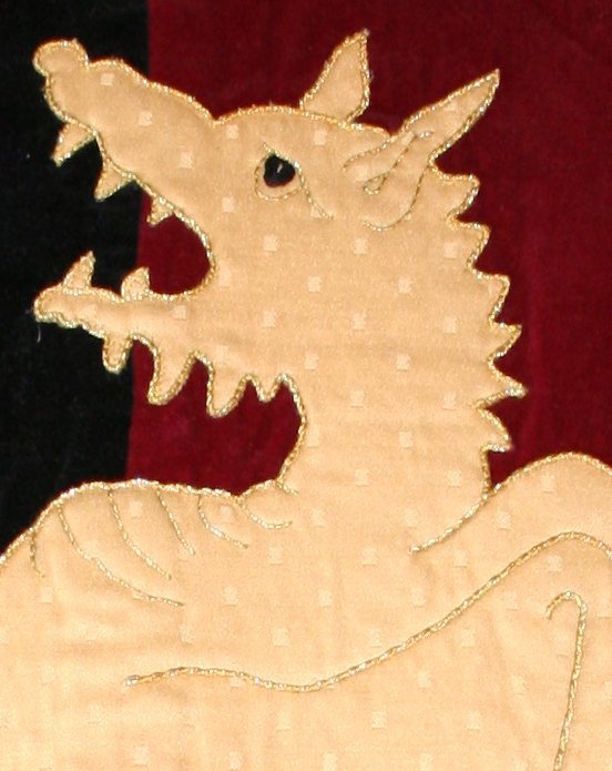 Applique surcoat