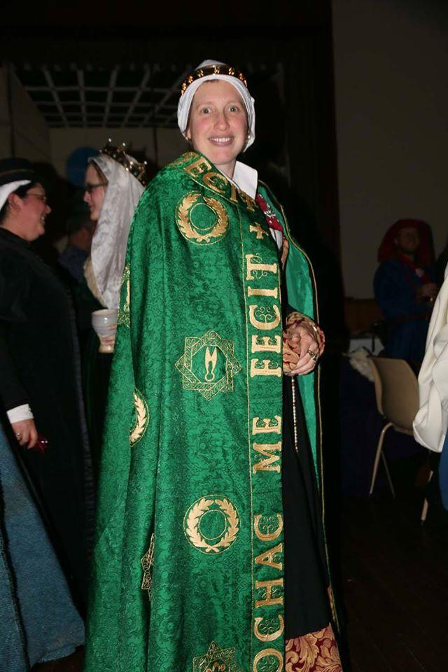 Laurel cloak